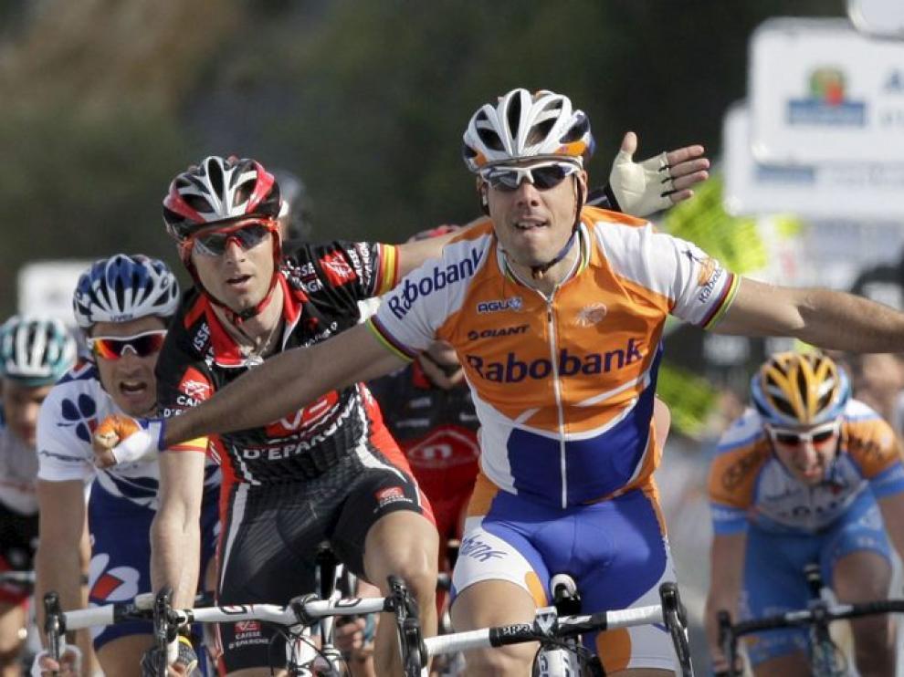 Óscar Freire, por delante de Valverde, en una imagen de archivo
