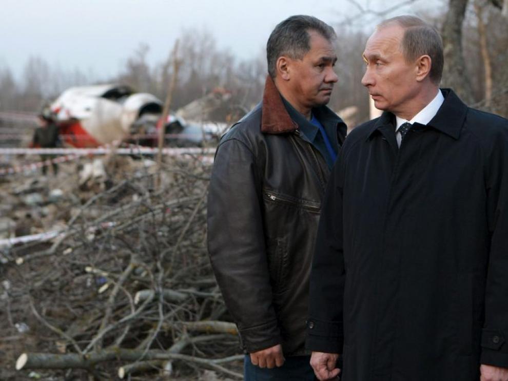 El primer ministro ruso y el jefe del Ministerio ruso de Situaciones de Emergencia