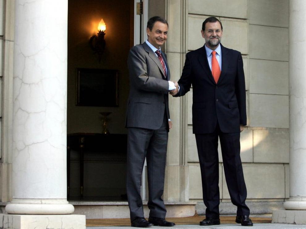 Zapatero y Rajoy, durante una de sus pasadas reuniones en la Moncloa