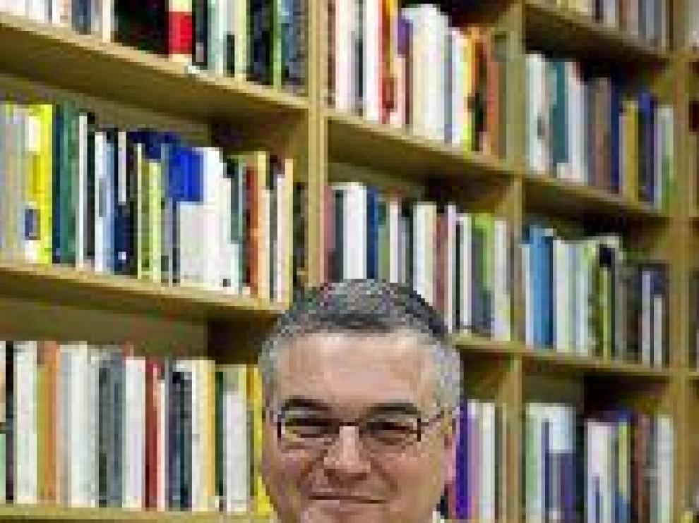 "Mateo Aguirre: ""Al refugiado se le  da frecuentemente comida caducada"""