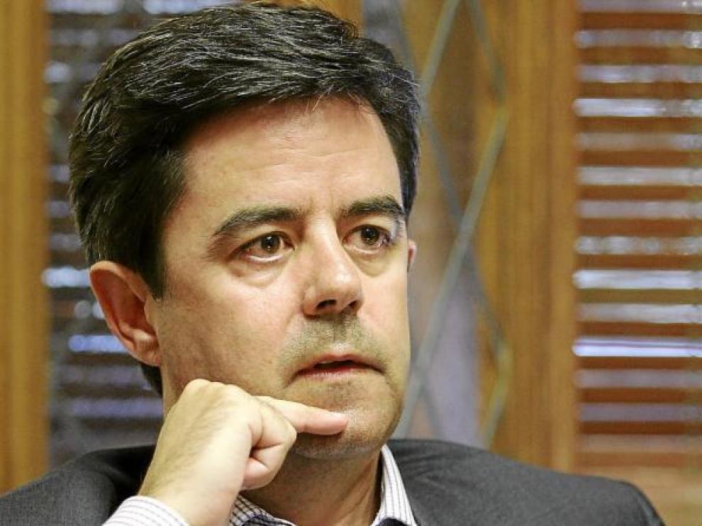 Luis Felipe Serrate ha asumido ya la Alcaldía de Huesca en funciones y antes del 13 de julio será investido formalmente.