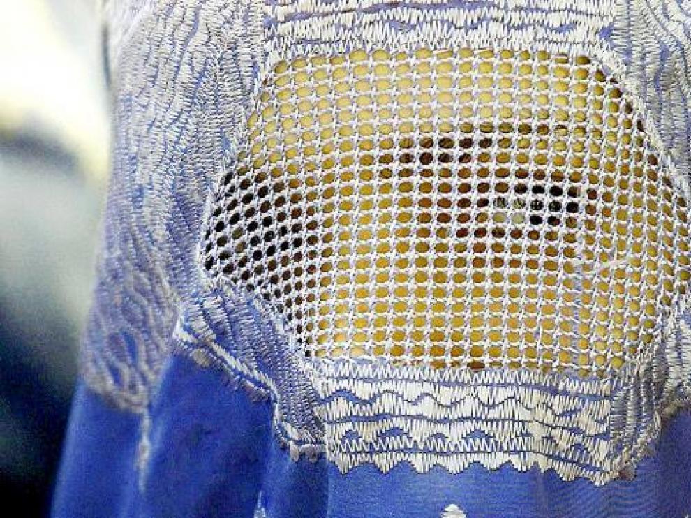Una mujer musulmana con un burka
