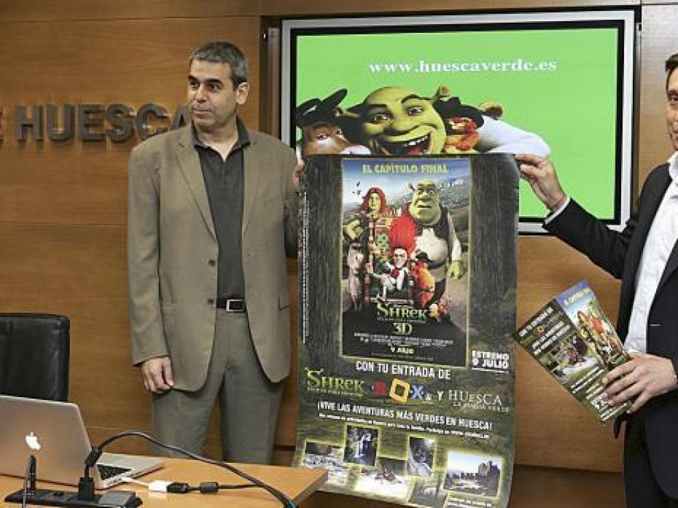 En la presentación de la campaña no podían faltar algunos de los materiales promocionales.