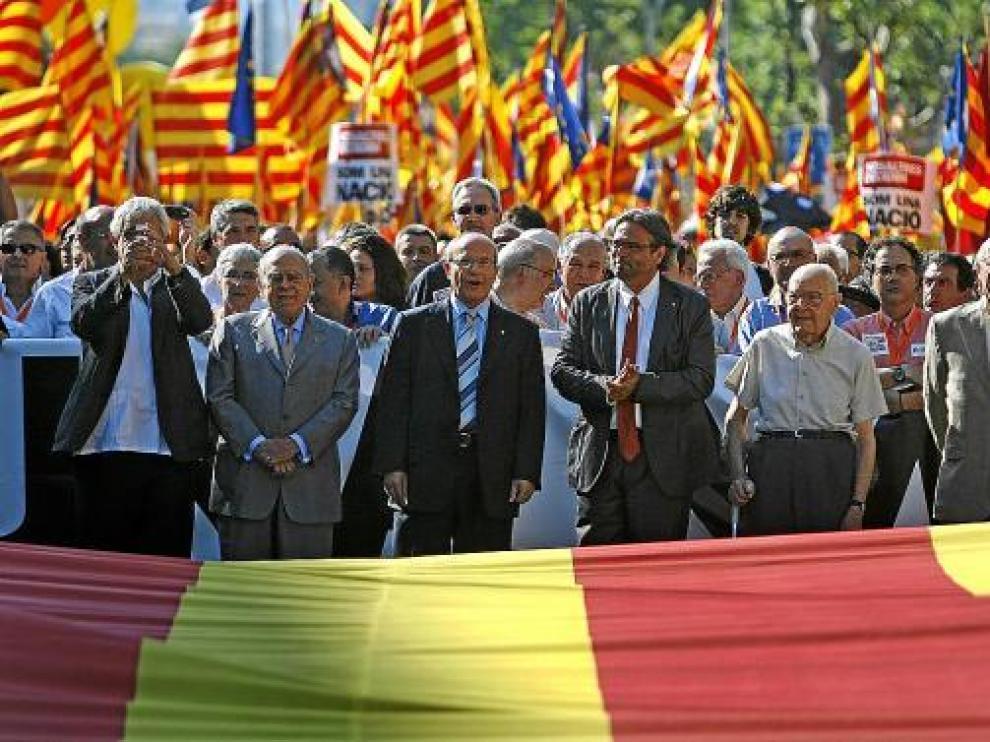 José Montilla, a la cabeza de la manifestación por el 'Estatut' del pasado sábado en Barcelona.
