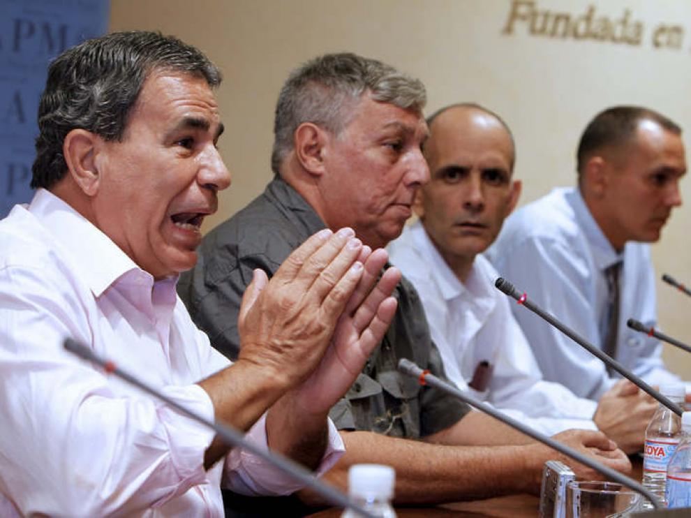 Algunos de los presos cubanos llegados ya a España