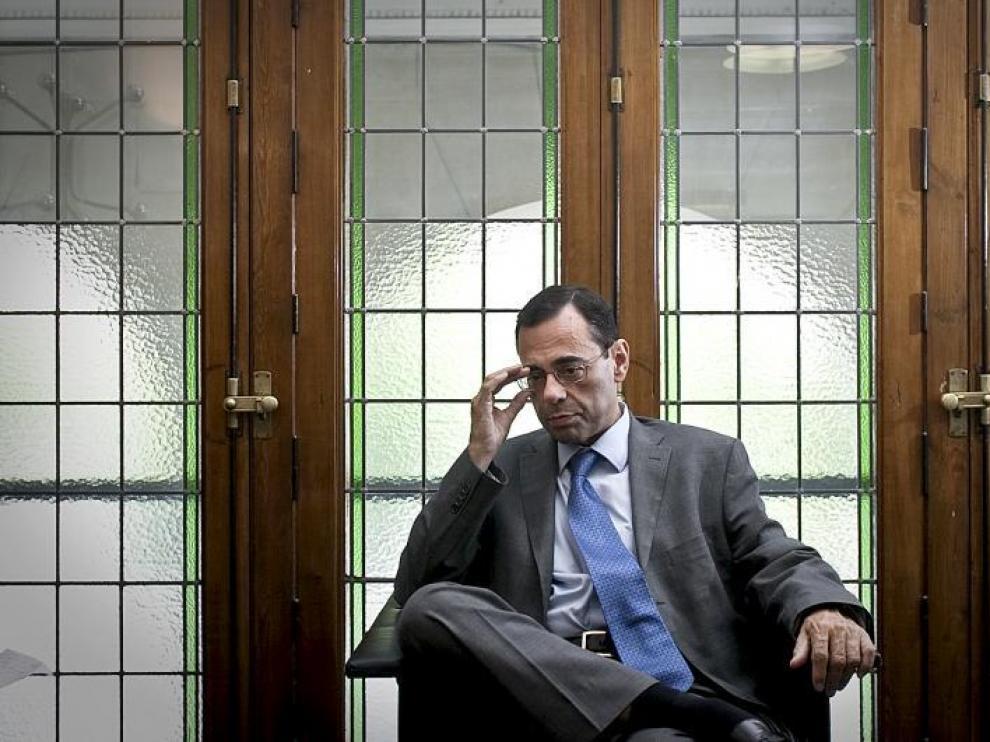 Jaime Caruana, director general del Banco de Pagos Internacionales (BIS, por sus siglas en inglés), en la redacción de Heraldo esta semana.
