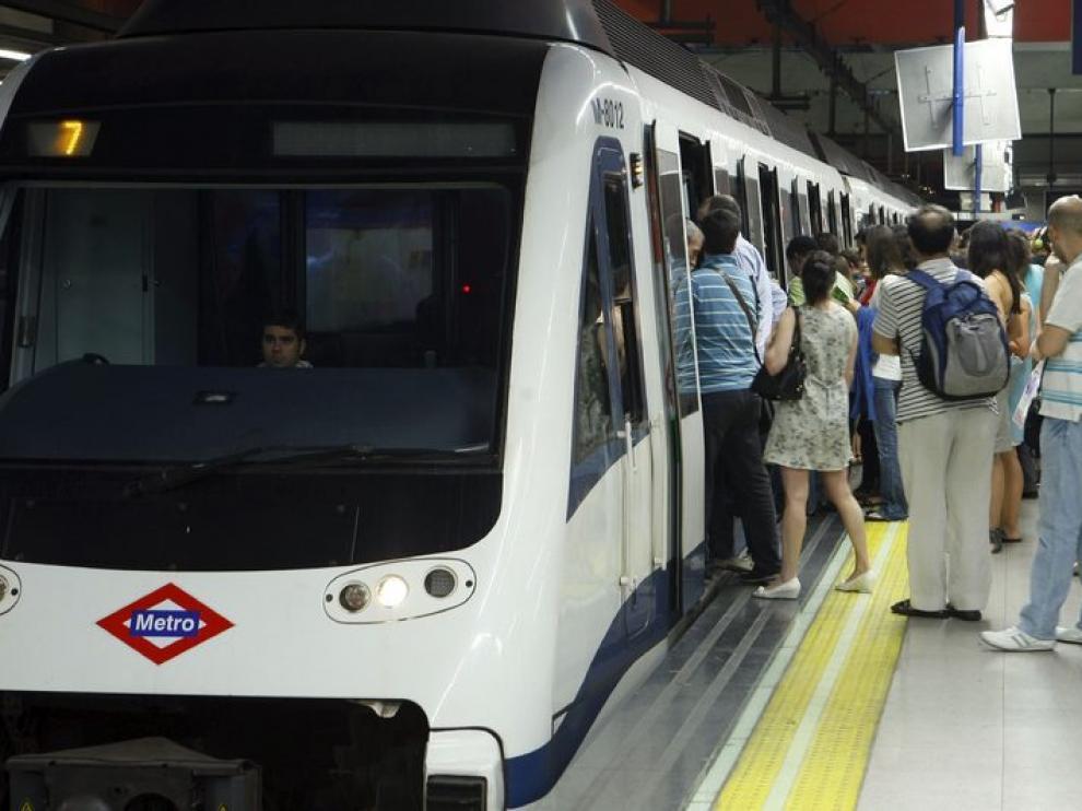 Trabajadores y dirección de Metro firman la paz