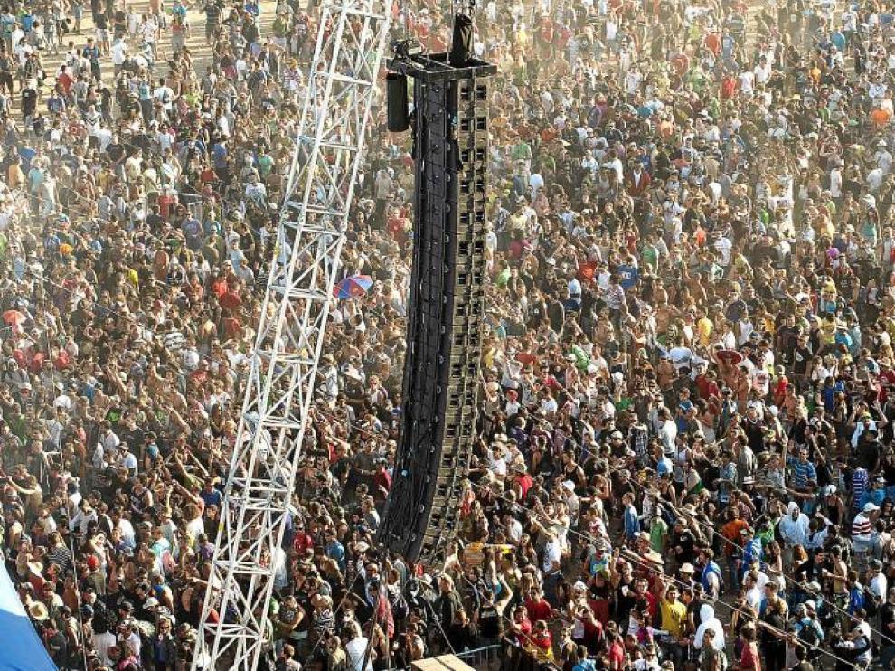 Esta última edición del Monegros Desert Festival reunió en Fraga a cerca de 40.000 personas, según los datos de la organización.