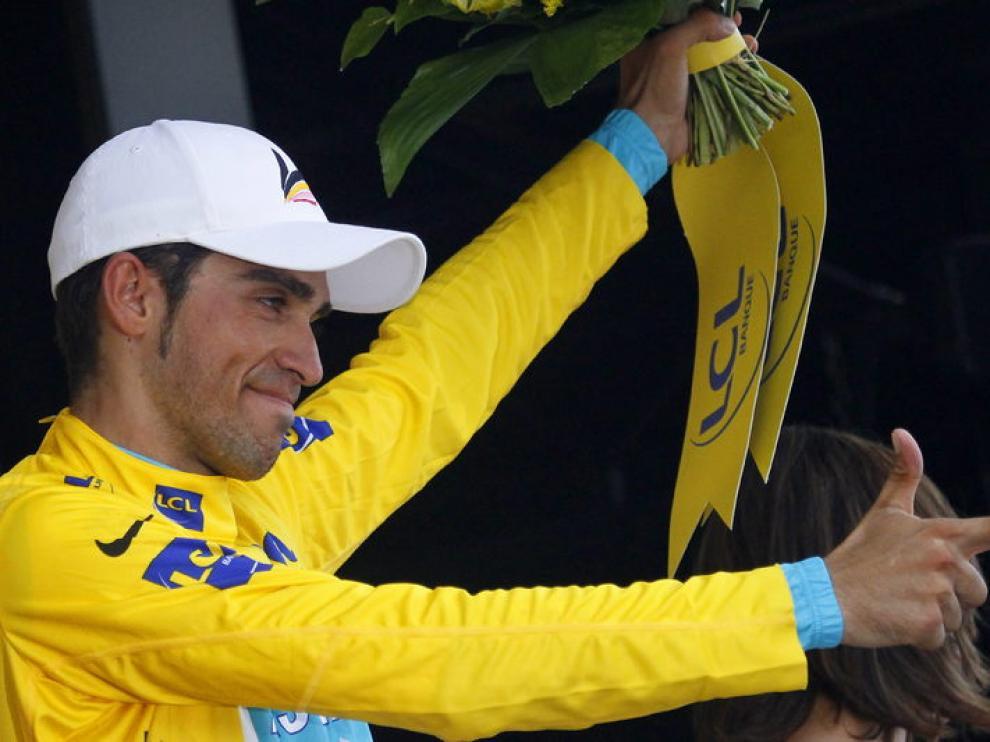 Contador en el podio.