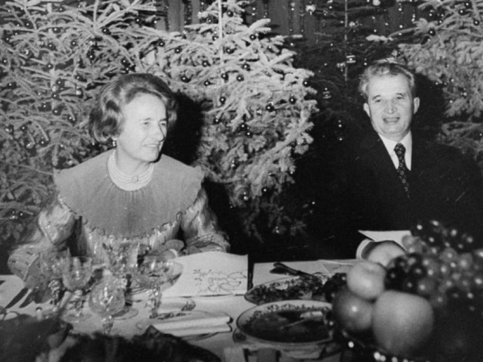 Nicolae Ceausescu y su esposa Elena