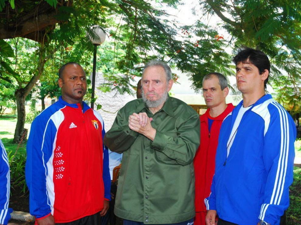 Fidel Castro, vestido de verde militar en su última aparición pública.