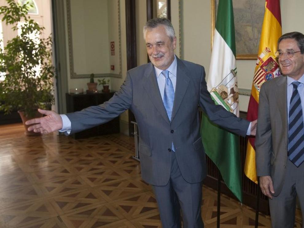 El presidente de la Junta, José antonio Griñán, recibe al presidente de la BBK.