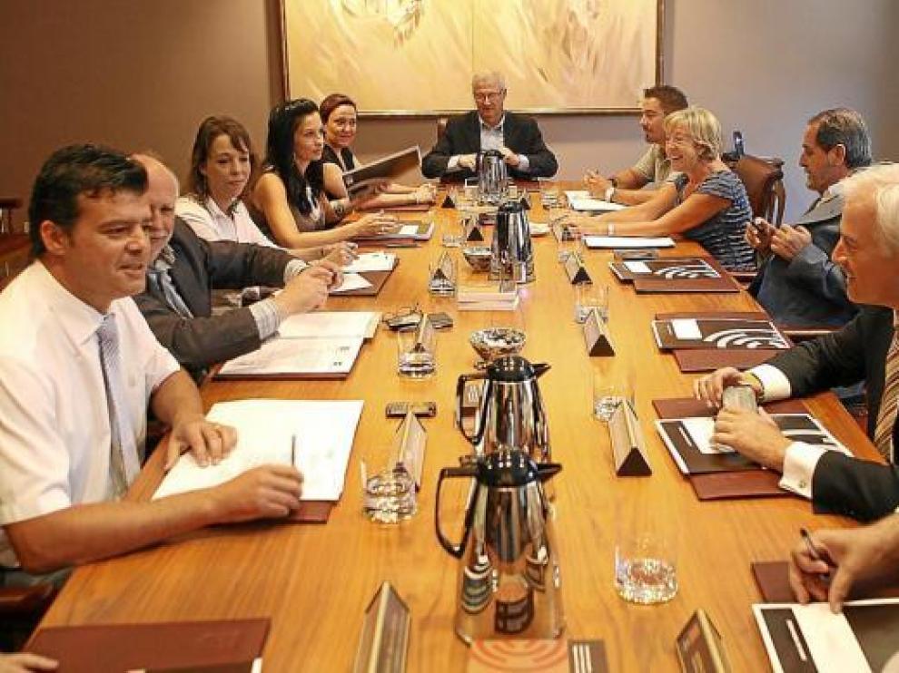 Reunión de ayer de la Mesa y la Junta de Portavoces de las Cortes.