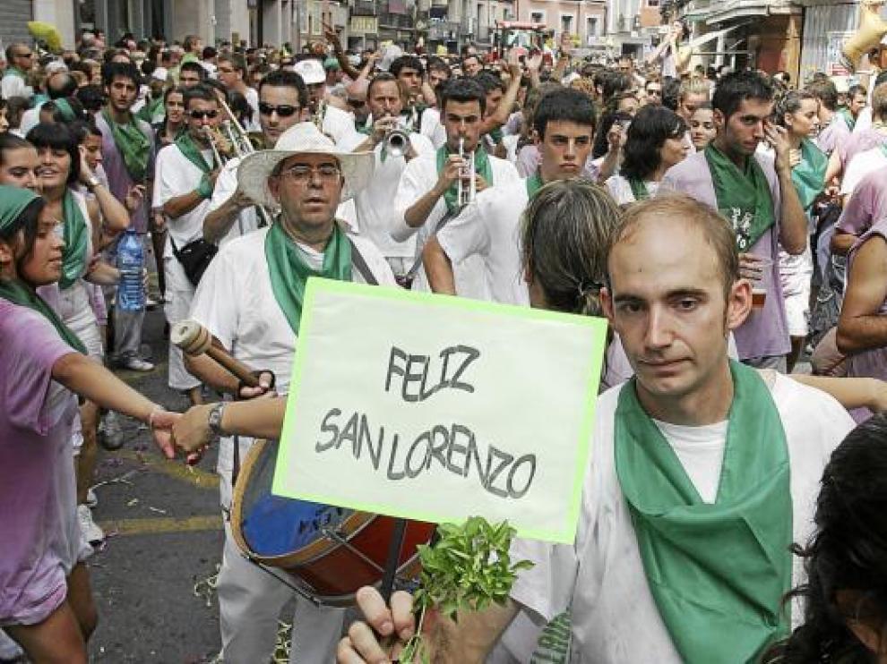 Las alusiones a San Lorenzo estuvieron presentes en la cabalgata.