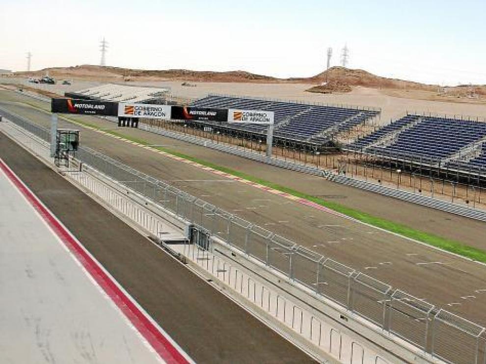 La estructura que da forma al graderío está prácticamente instalada. Tendrá la capacidad para 35.000 personas.