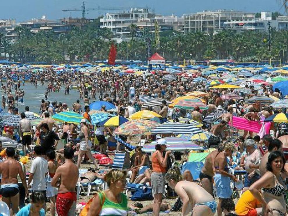 Las playas españolas continúan siendo destino favorito para los turistas extranjeros.