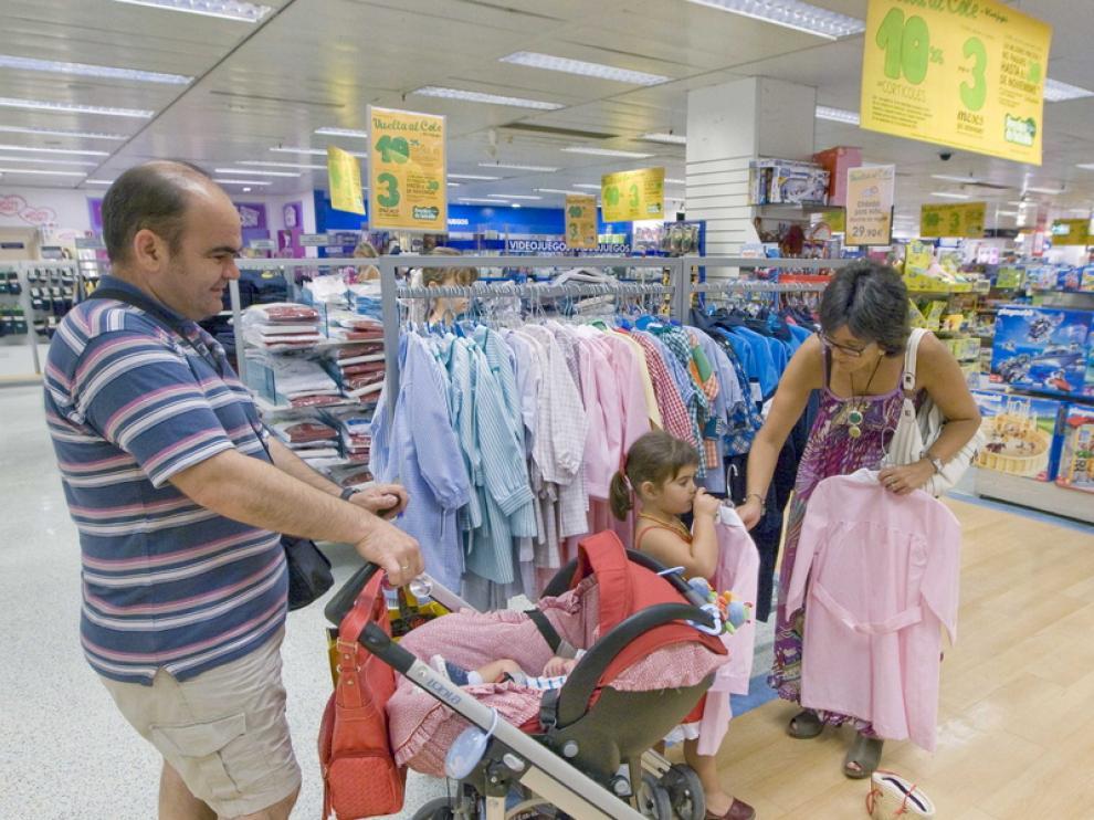 La confianza del consumidor baja 6,3 puntos en septiembre.