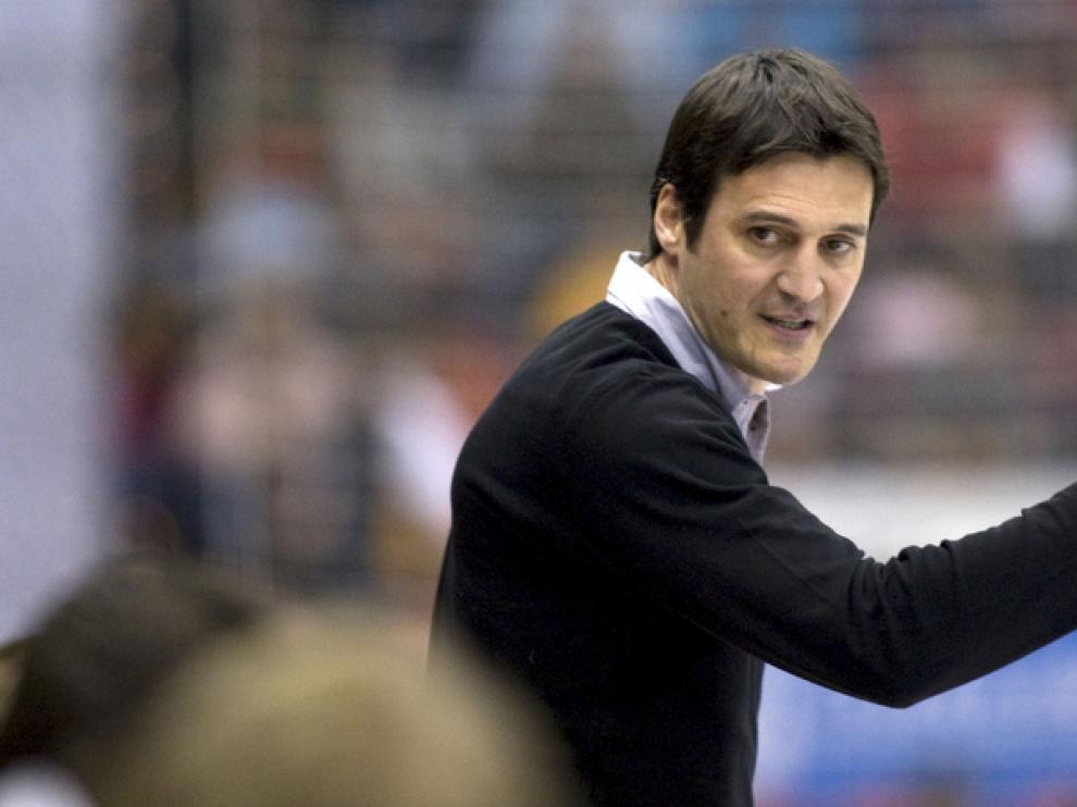 Mariano Ortega, entrenador del CAI BM Aragón