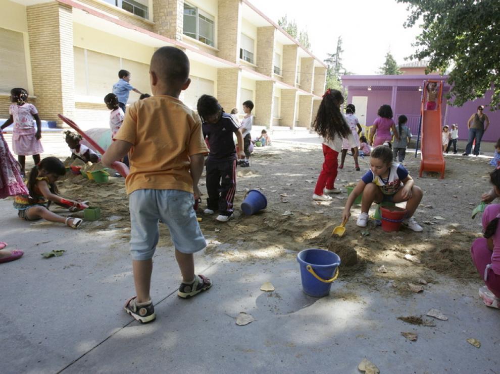 El TSJA obliga a Educación a repartir a los alumnos con necesidades para evitar guetos