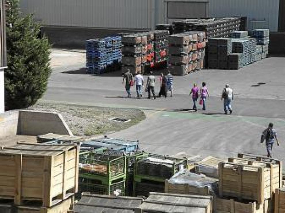 Entrada de trabajadores a Casting Ros, en Utrillas.
