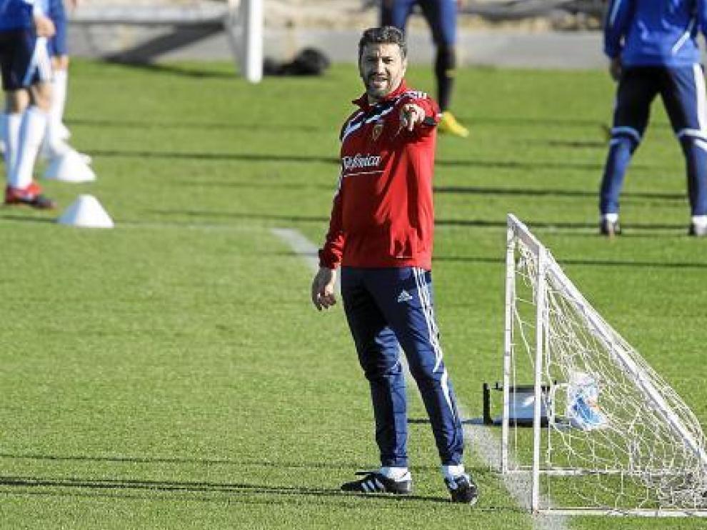 Nayim, durante su etapa como segundo entrenador del Real Zaragoza