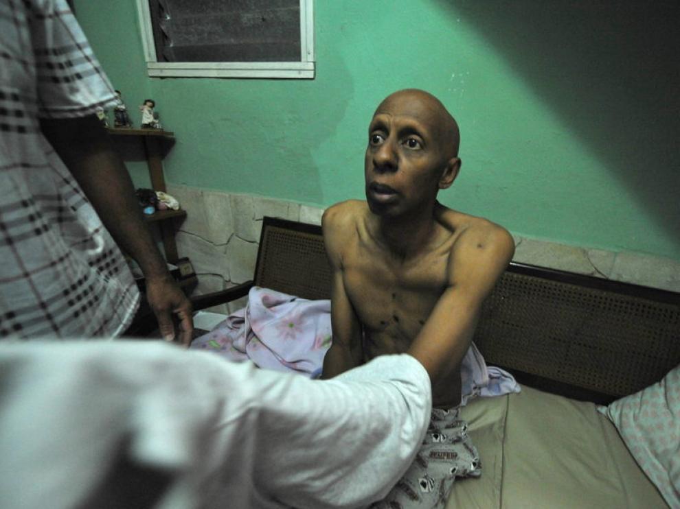 Guillermo Fariñas durante su huelga de hambre