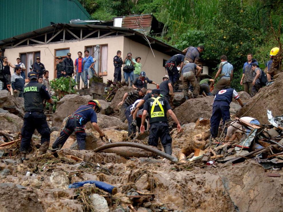 Corrimiento de tierras en Costa Rica a causa de la lluvia