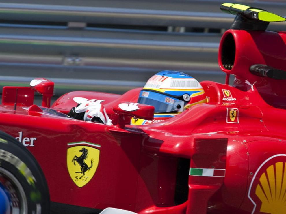 Alonso, con su Ferrari, en Brasil