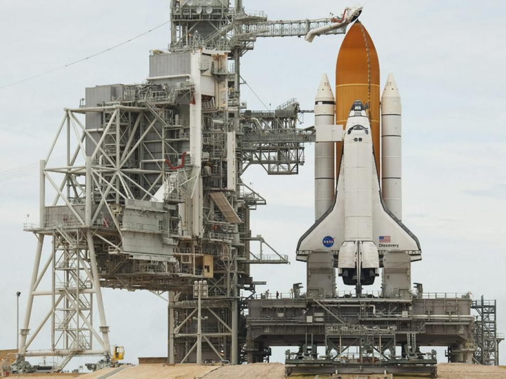 El transbordador Discovery que ha tenido que suspender su viaje rumbo a la Estación Espacial Internacional