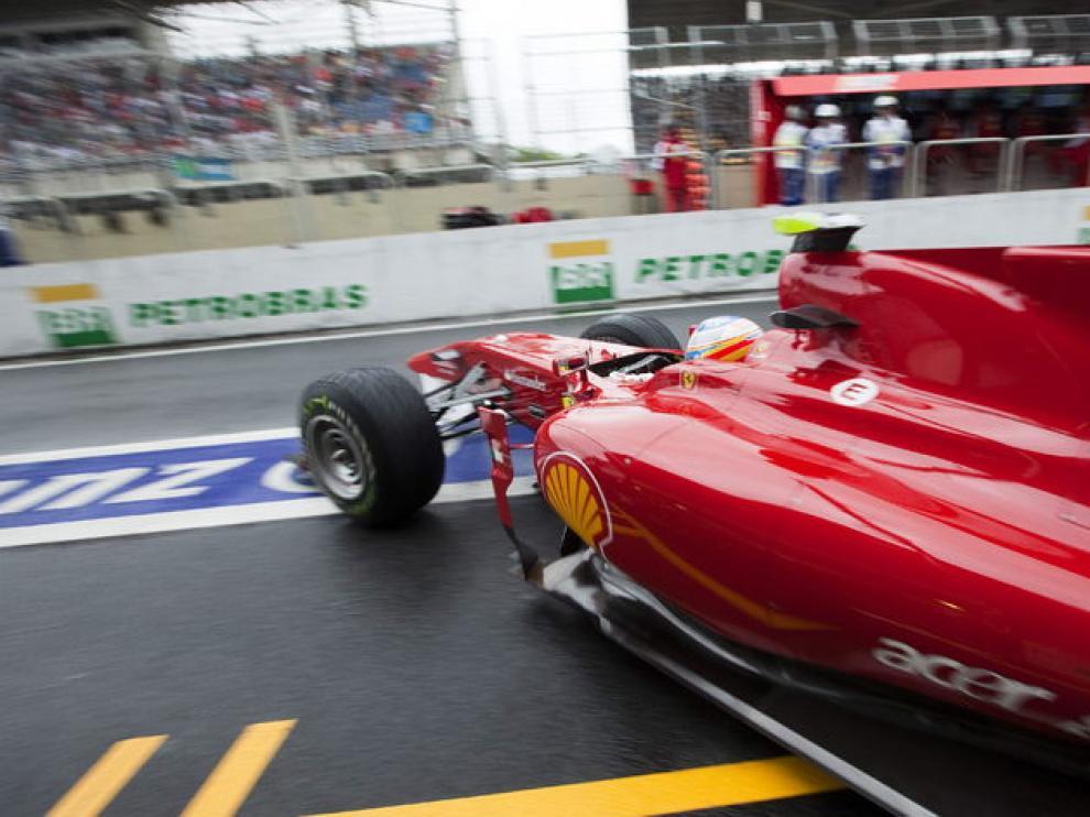 Fernando Alonso durante la sesión.