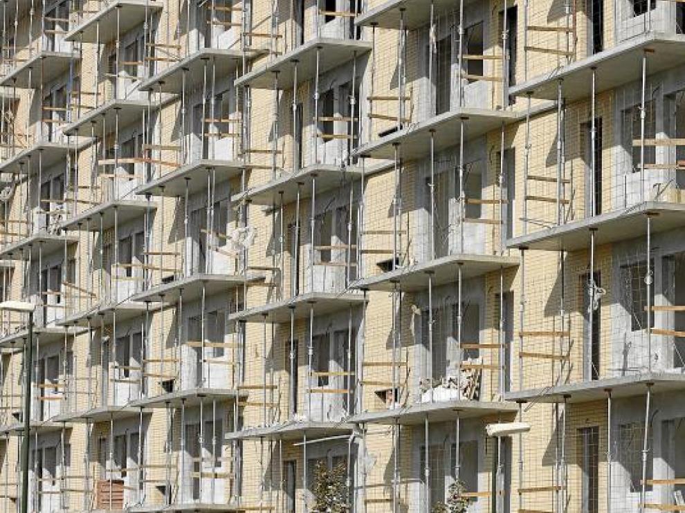 El número de pisos en construcción superó ligeramente al de obras finalizadas hasta agosto.
