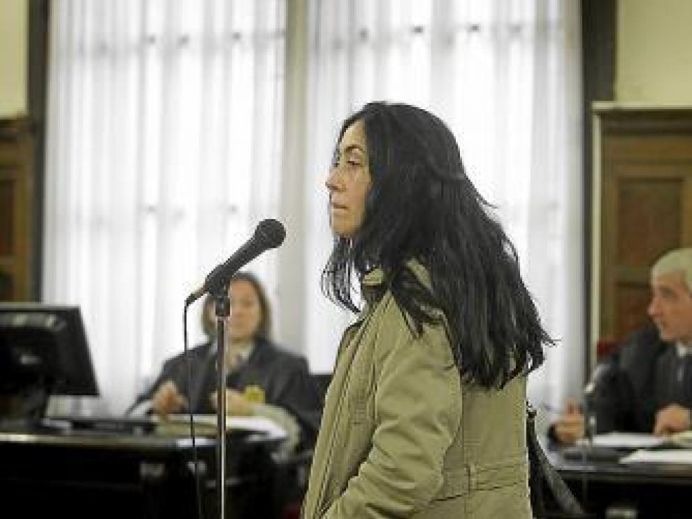 La ex alcaldesa de Trasmoz, ayer, en la Audiencia Provincial.