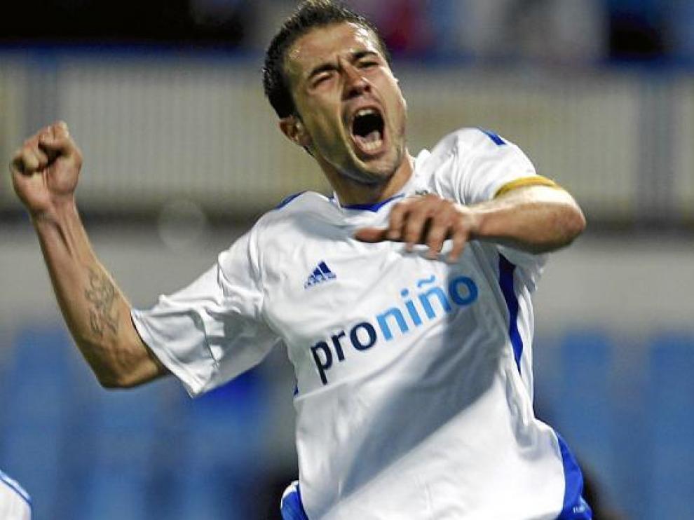 Es la imagen de la euforia desmedida: Gabi le ha marcado al Mallorca y ha salvado a Gay.