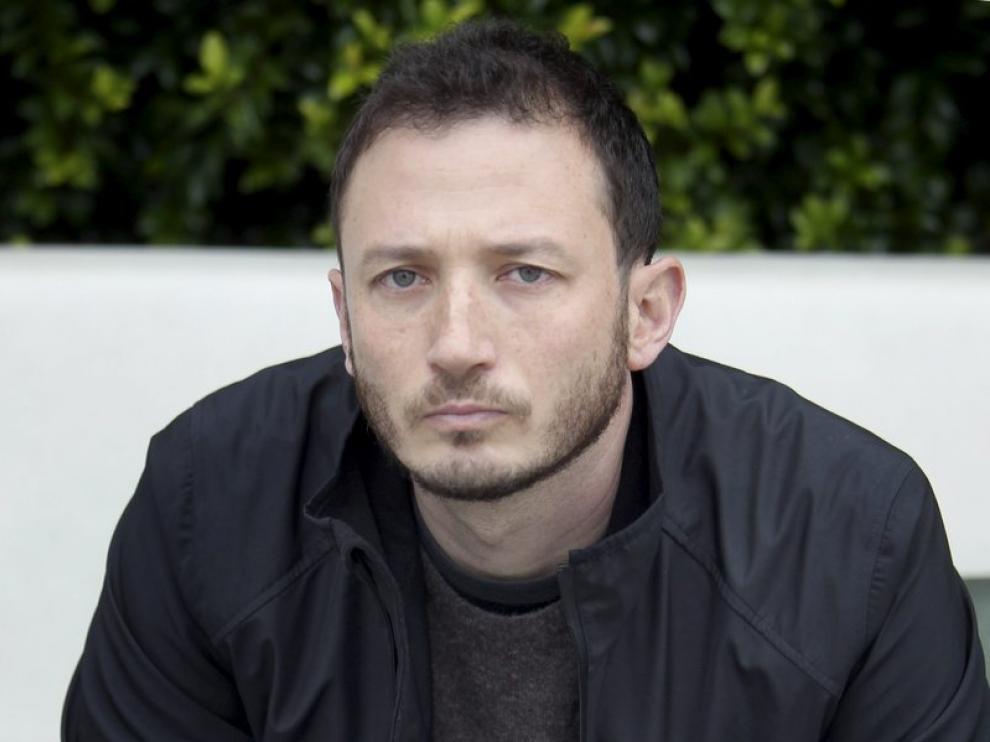 Antonio Ungar, premio Herralde por su novela 'Tres ataúdes blancos'