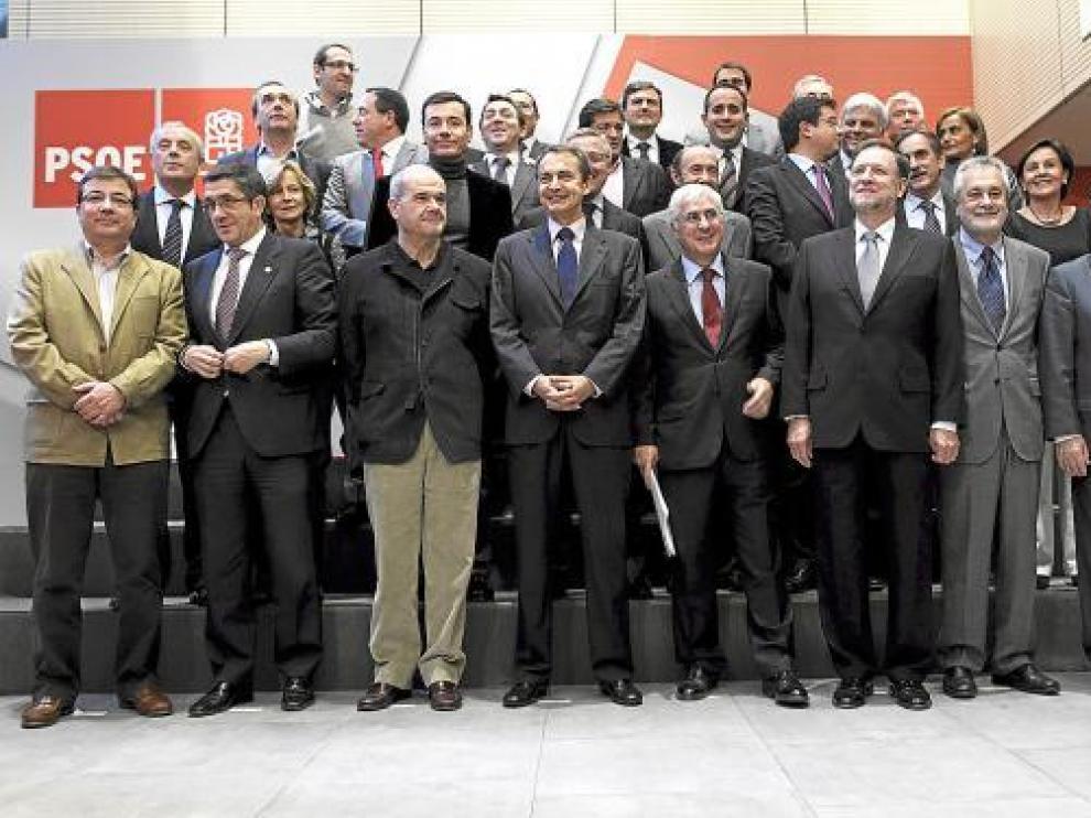 El PSOE propone reformas sociales a las comunidades y empieza por el empleo