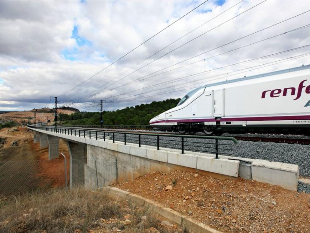 Un tren AVE de Renfe