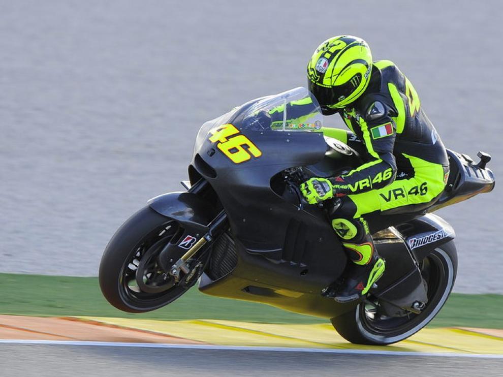 Rossi con su Ducati.