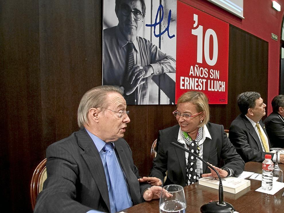 De izda. a dcha., Lluis María de Puig, Eva Almunia, Manuel López, Miguel Herrero de Miñón y Carlos Forcadell