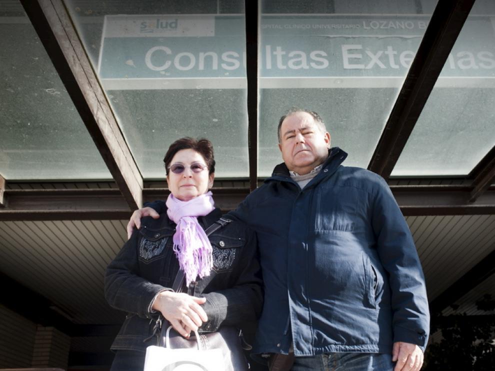 La mujer de Franscico García lleva desde julio en lista de espera.