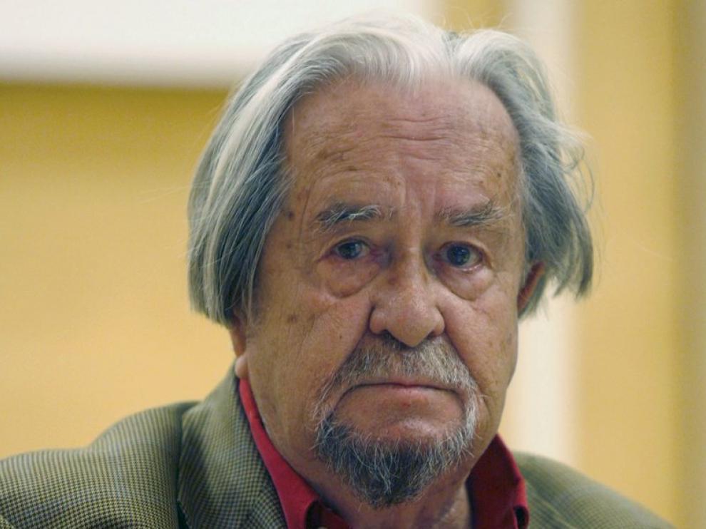 Carlos Edmundo de Ory.