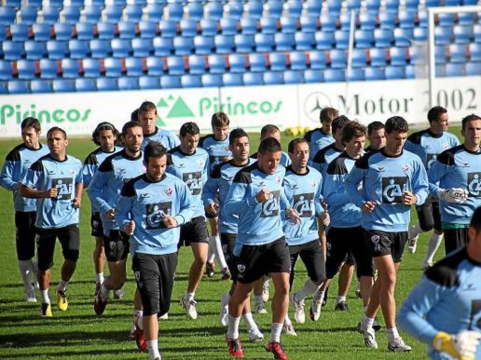 El equipo se muestra unido y sólo piensa en la victoria ante el Tenerife.
