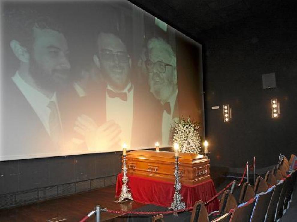 Imagen de la capilla ardiente de García Berlanga, en la Academia de Cine en Madrid.