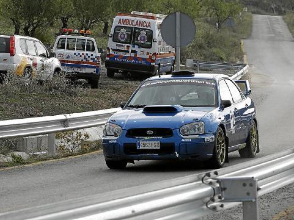 Uno de los vehículos que participó en el primer Rallysprint de Nueno.