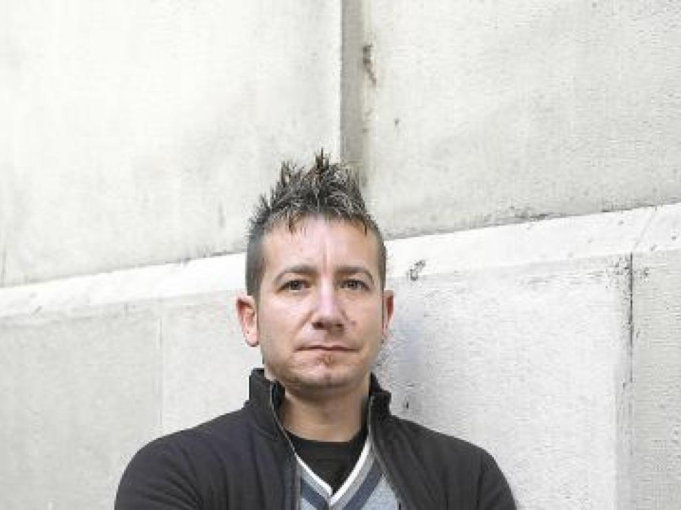 Roberto Cantín, en paro desde mayo de 2010.