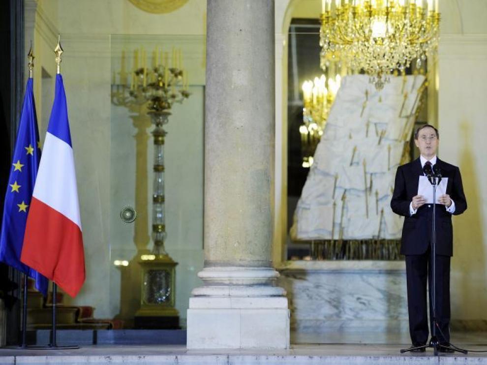 François Fillon presenta a su nuevo Gabinete, ayer en el palacio del Elíseo en París.