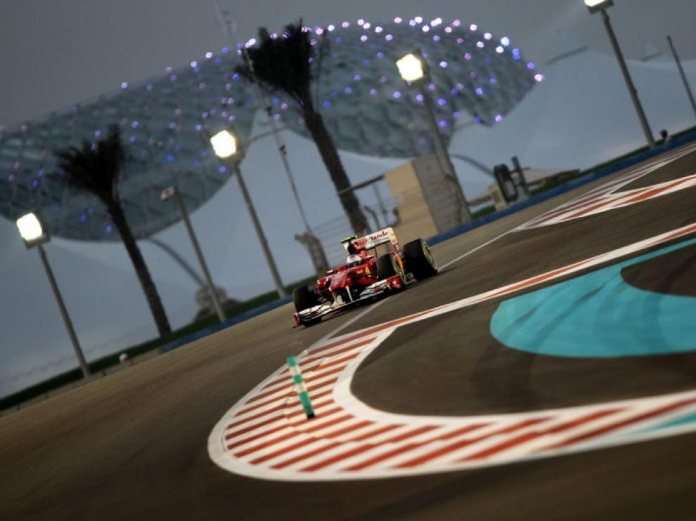 Vettel arrebata el título a Alonso