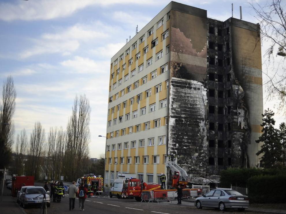 Siete muertos en el incendio de un albergue en Dijon