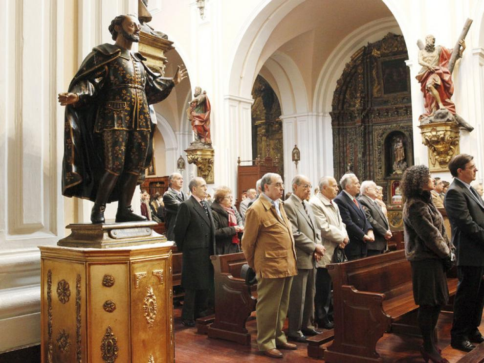 Los sastres celebraron ayer con una misa su fiesta patronal