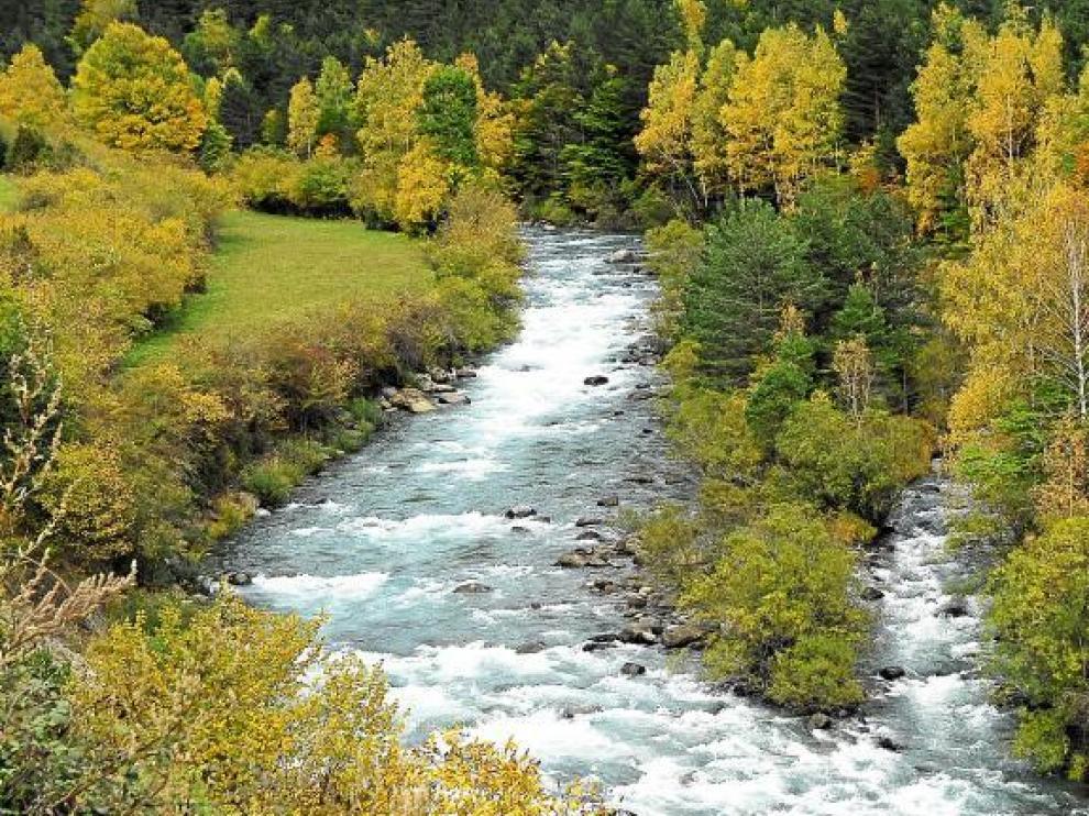 Los ríos del Pirineo aragonés mejorarán la calidad de sus aguas gracias a los planes de depuración puestos en marcha.