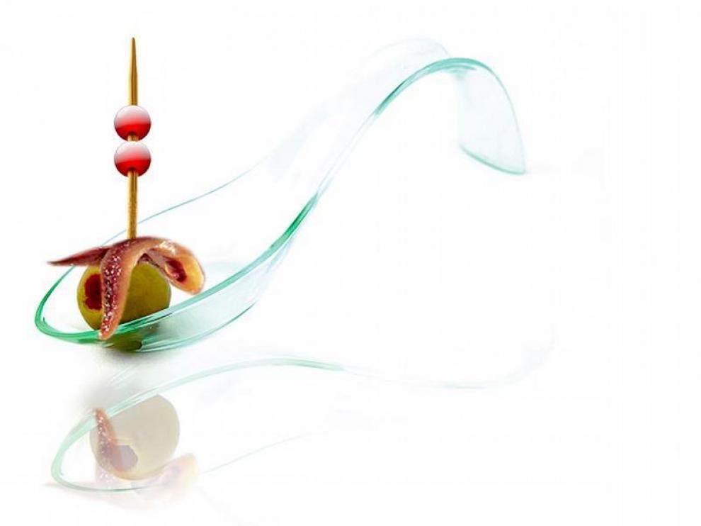 Zaragoza exhibe su mejor cocina en miniatura con 220 tapas en competición
